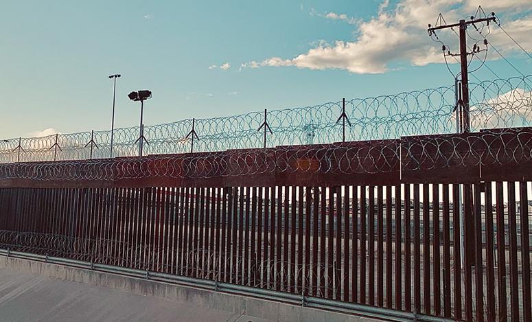 Photo by Neal Rosendorf (Ciudad Juárez, Mexico)
