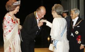 King Juan Carlos and Queen Sofia visiting Emperor Akihito in Japan