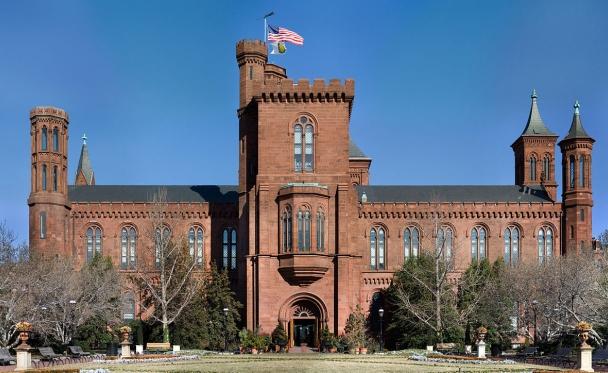 Photo of Smithsonian via Wikipedia