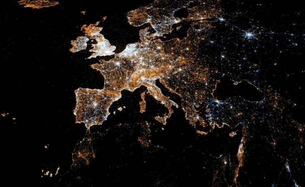 European Detail Map of Flickr and Twitter Locations, by Eric Fischer
