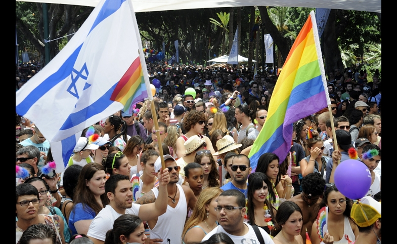 There was a strong diplomatic presence, including Ambassador Shapiro, at the Tel Aviv Gay Pride Parade in 2012
