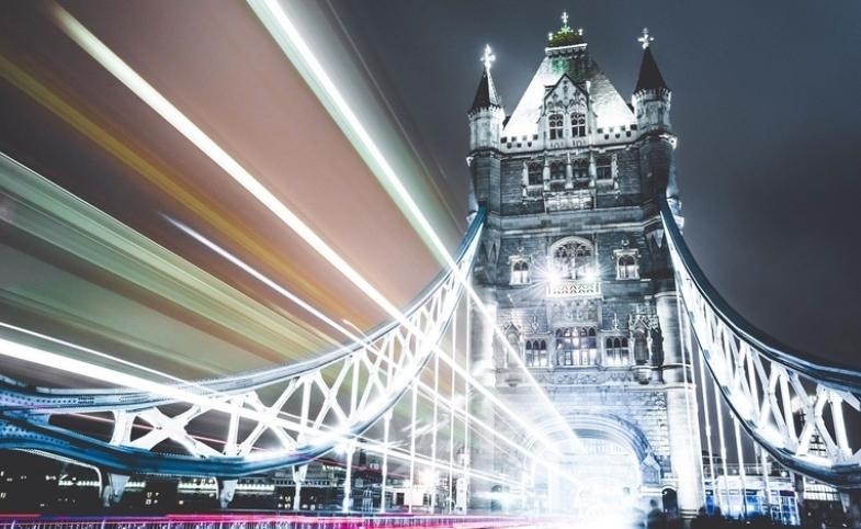 https://pixabay.com/en/bridge-illuminated-night-tower-1210007/